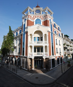 world-palace-in-batumi_1.jpg